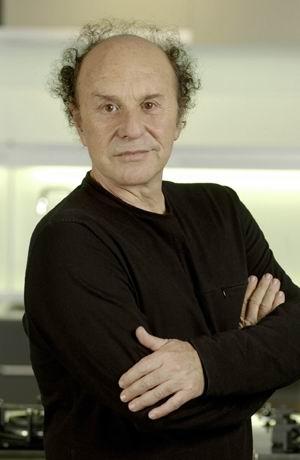 جرج پنسی، یكی از طراحان پیشرو اسپانیا
