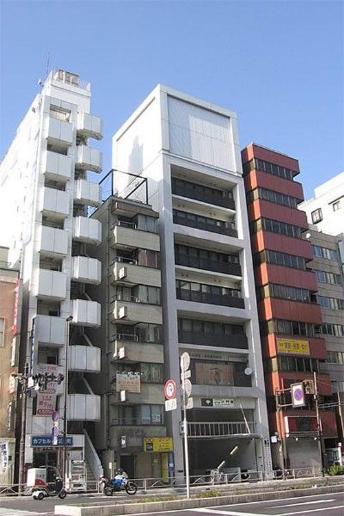 Japan Tiny Houses_02 Jpg